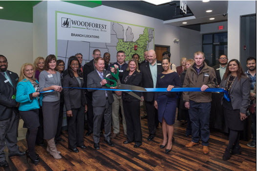 Woodforest opens new community center in Aurora